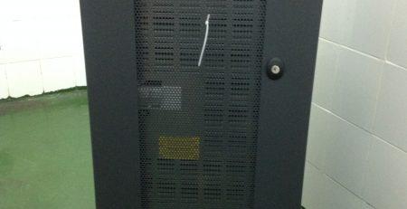 thay mới hay bảo trì UPS